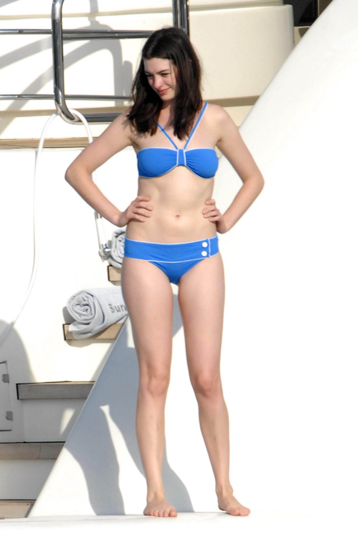 anne hathaway luxury yachts and fame celebrities on yachts anne hathaway pondering the water on the aft of a motor yacht