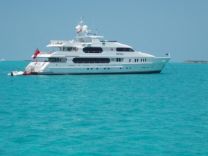 Tiger Wood's Luxury Yacht PRIVACY