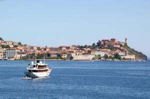 The Yacht Johnny Depp owns near Elba