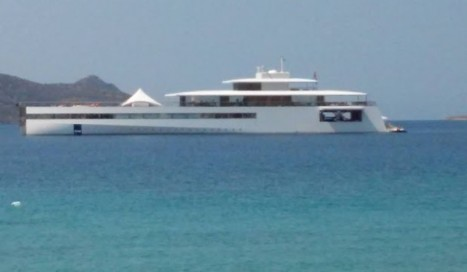 Steve Jobs' superyacht VENUS in Samos, Greece - Photo by greece.greekreporter.com