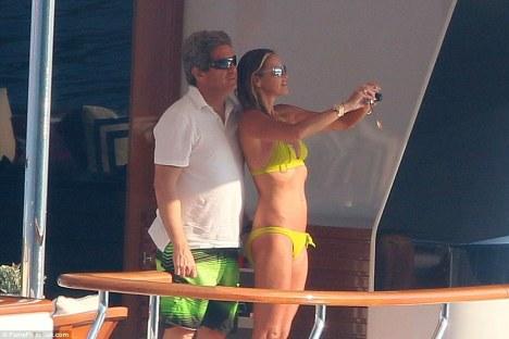 Supermodel Elle Macpherson with her husband Jeffrey Soffer aboard MADSUMMER Yacht - Image credit to FameFlynet.uk.com