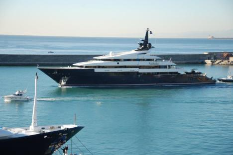 Luxury motor yacht Seven Seas owned by Steven Spielberg